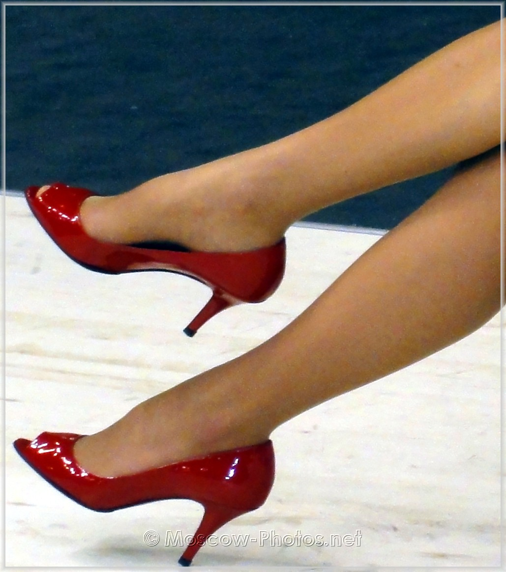 Red classic high heels shoes