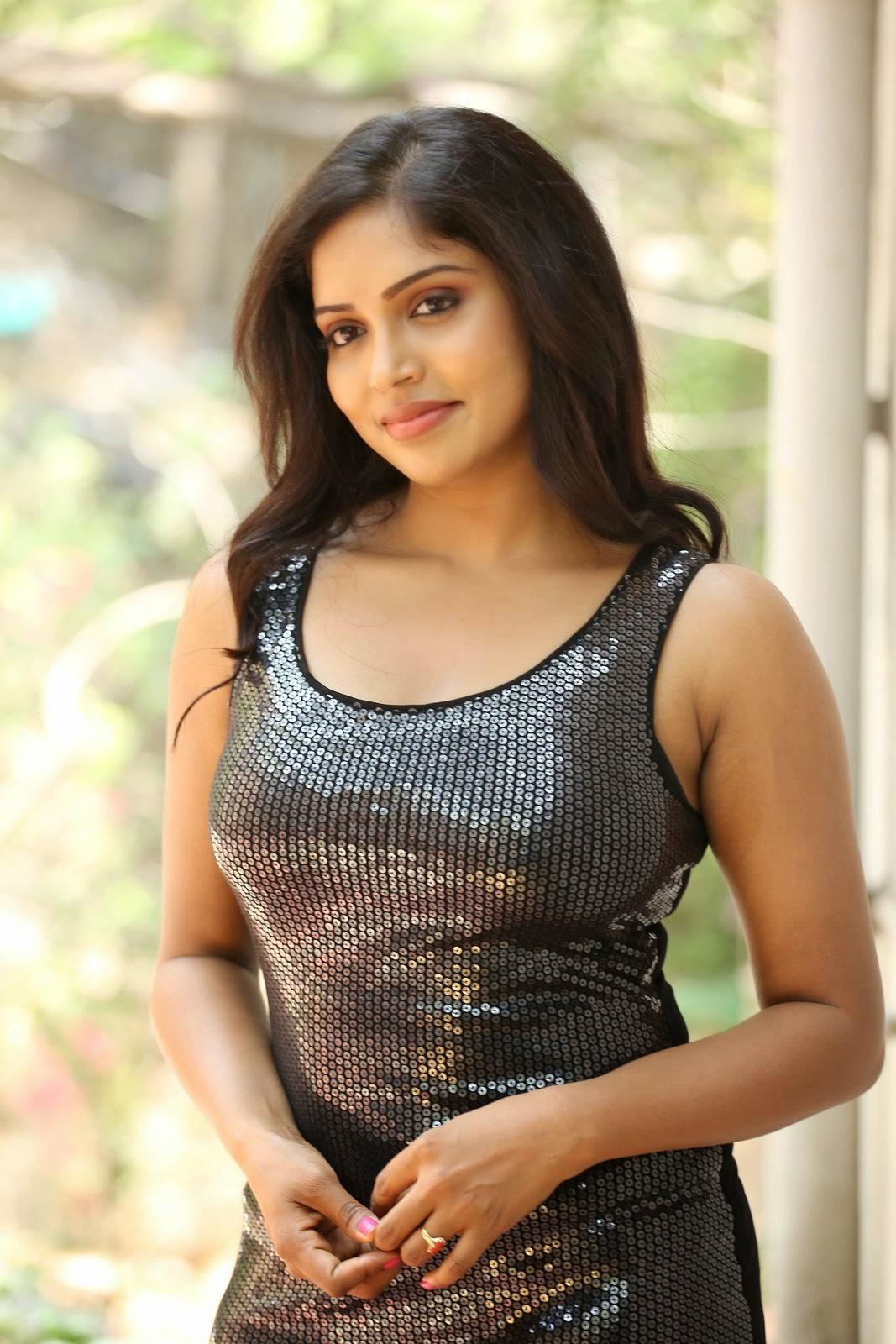 Actress Karunya New glam pics-HQ-Photo-13
