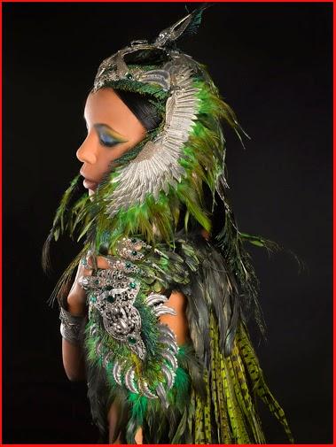 Photos Alain Naim Photographie / Amonseuldesir.net Bijoux A Mon Seul Désir / Déesse Femme Oiseau Ailes Plumes Vertes mythologie égyptienne Egypte Queen Egypt Goddess Mythology Bird Woman Lady Feathers Wings Winged Green Feathers