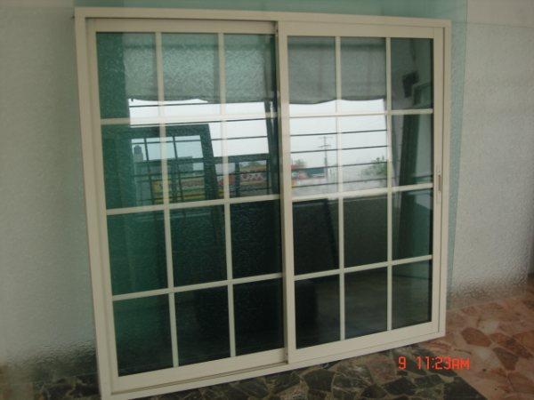 Crist plus for Fabrica de puertas de aluminio