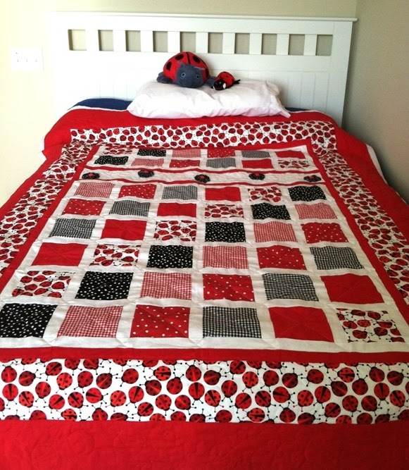 Butterfly Stitches: Ladybug Quilt is FINISHED! : lady bug quilts - Adamdwight.com