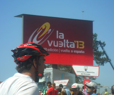Pantalla en la meta de la Vuelta