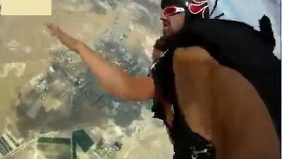 sexo en el aire con paracaidas escandalo
