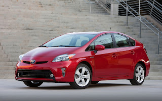 Toyota Prius, 2013, MotorTrend, Lou Fusz, New car