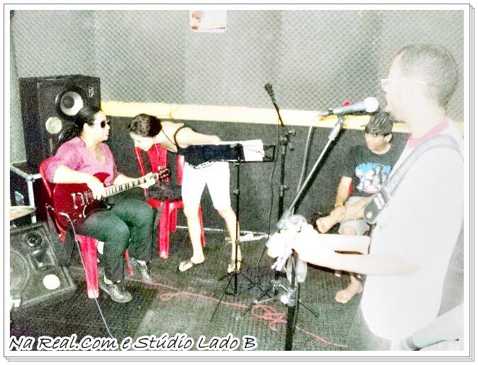 Fazendo um som/Em Studio