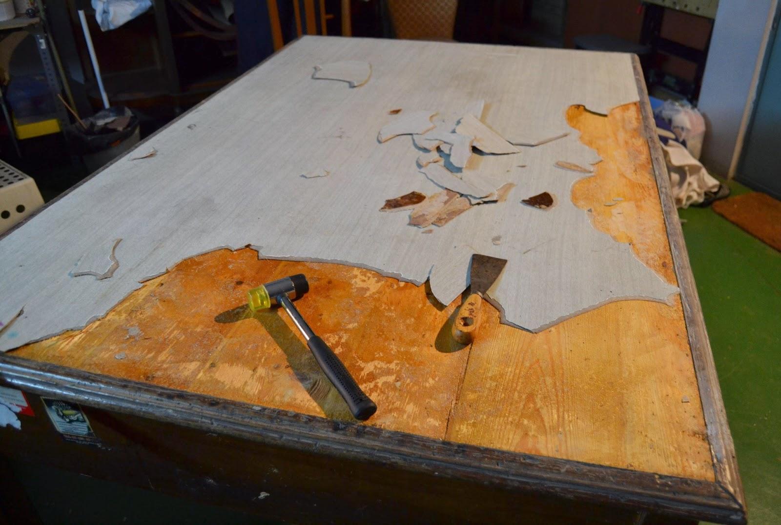 Taller de restauraci n lila escritorio terminado - Como restaurar una mesa de madera ...