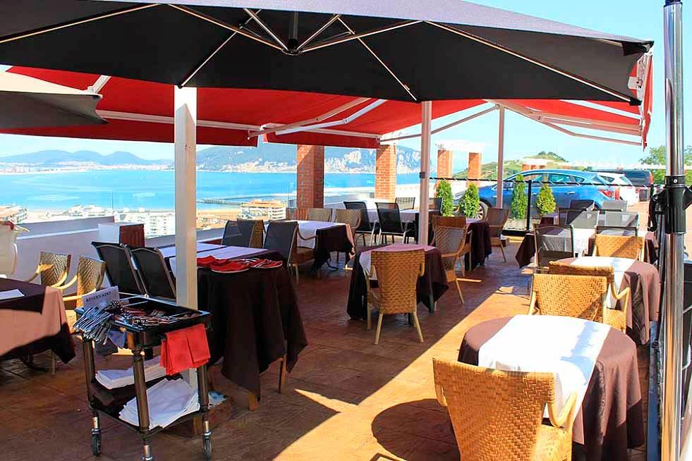 Restaurante-ElRisco-Laredo-Terraza