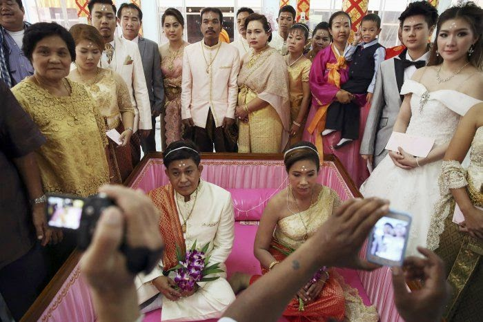 "Unusual Wedding Ceremony ""Wedding in a Coffin"" in Thailand"