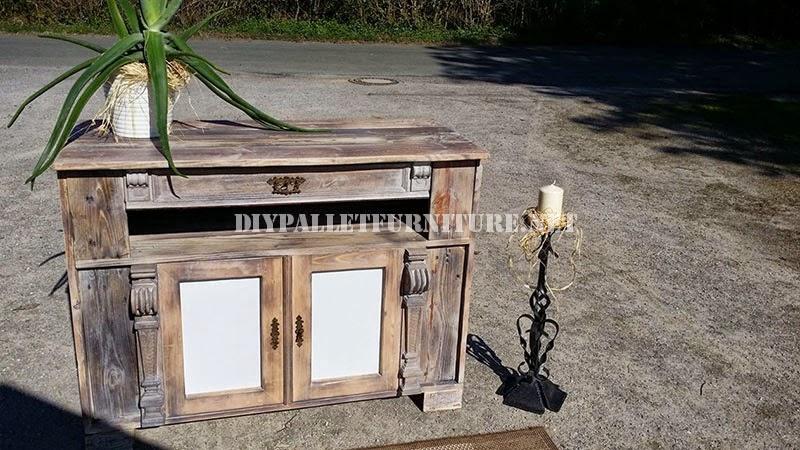 Mueble auxiliar para el sal n for Mueble salon palets