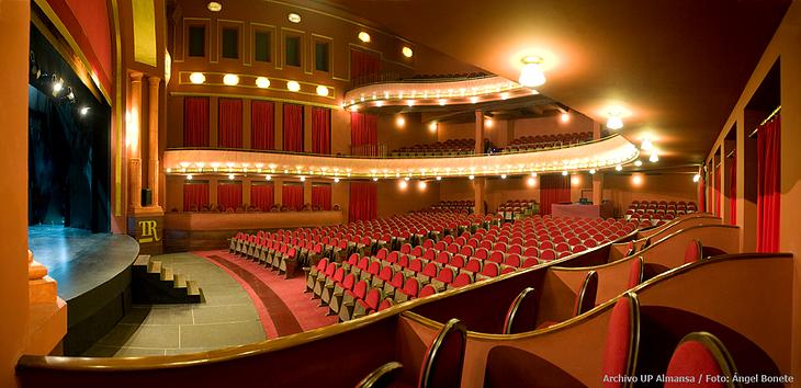 Silencio activo ii jornadas educar para ser - Teatro coliseum madrid interior ...