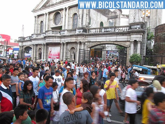 San Francisco Church in Naga City on a Sunday