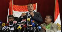 """21 حزباً يعرضون على """"مرسى"""" و""""شفيق"""" معايير لدعم أحدهما فى الإعادة.. تشترط حل """"الجماعة"""" وتشكيل مجلس رئاسى.. والحضور يهاجمون """"الإخوان"""" ويحيون """"العسكرى"""" ويطالبون شفيق بعدم استنساخ نظام مبارك"""