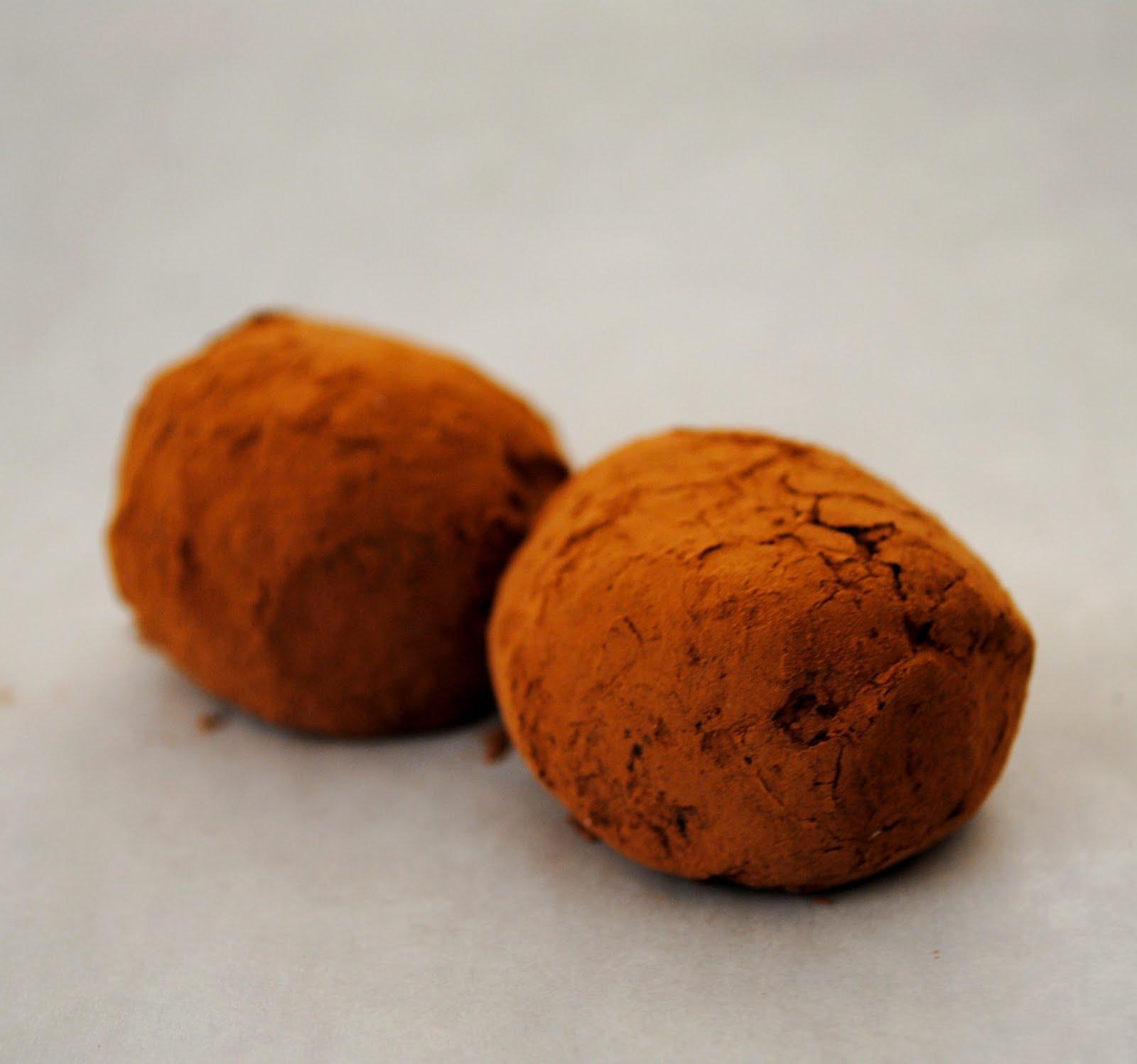 Gourmet Girl: Dark Chocolate Truffles