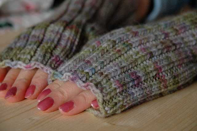 Ferryboat mittens in Misti Alpaca
