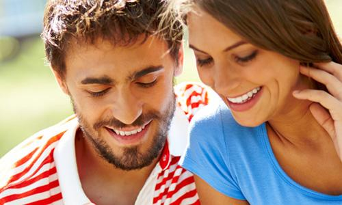 5 Habits that Attract Women,happy couple man woman in love relationship