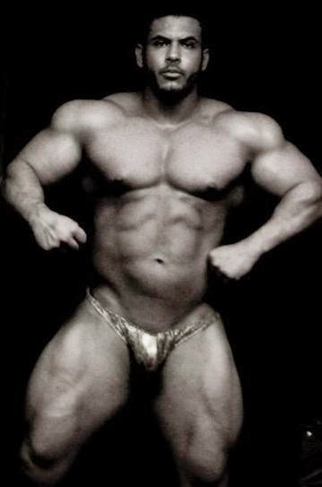 nude mexican body builders