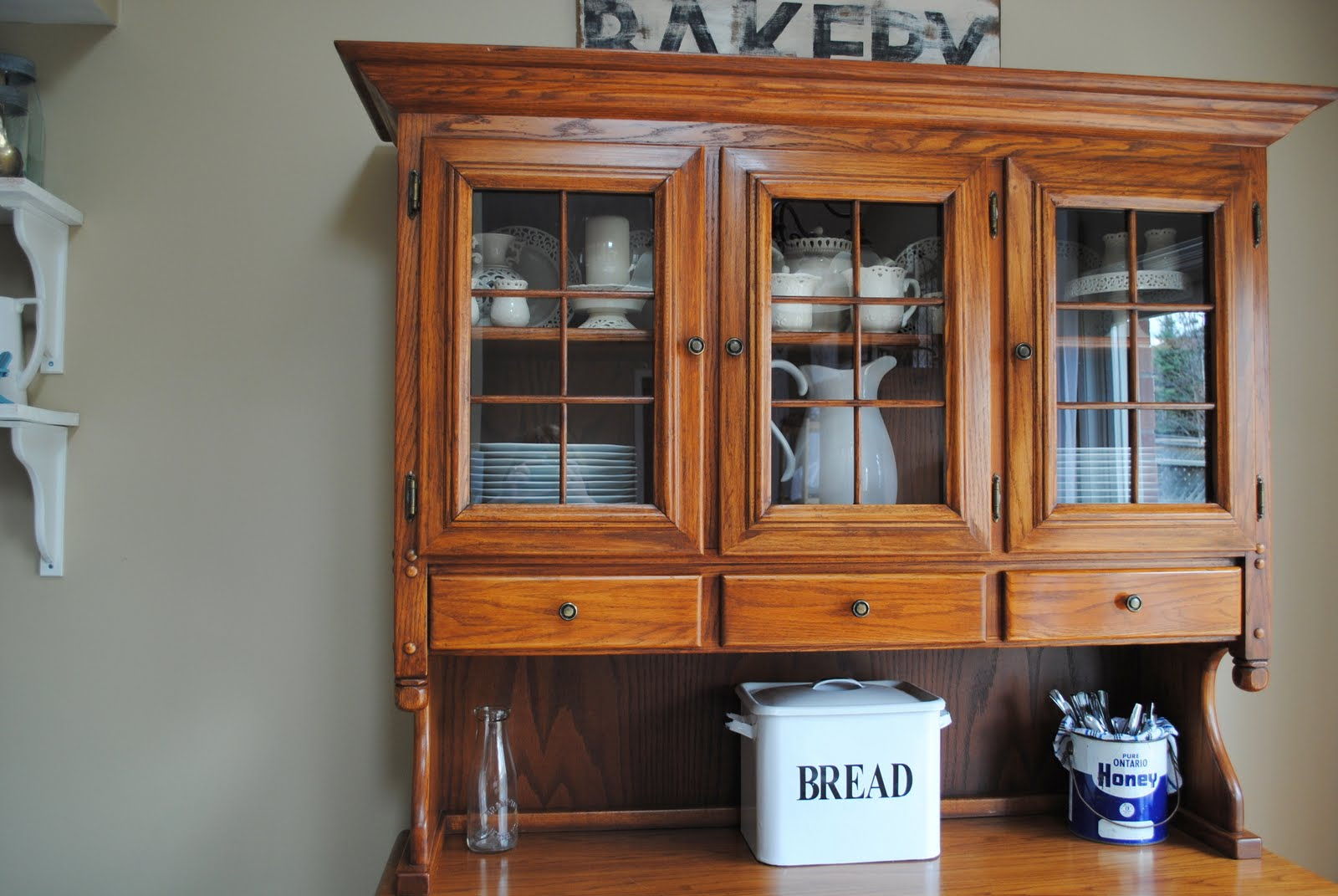 Cheap Kitchen Hutch and Buffet