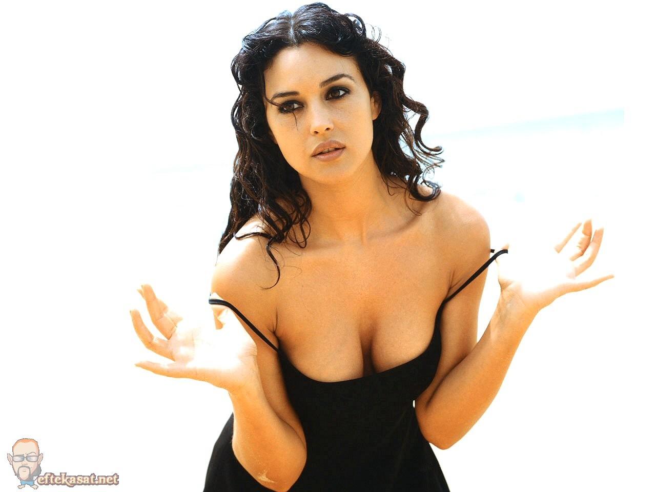 model jessica burciaga berbusana bikini seksi   sex porn