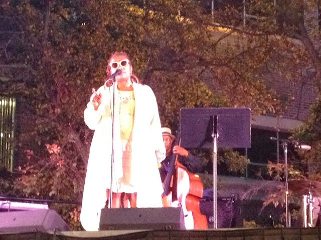 Dee Alexander performing at Chicago State Jazz in the Grazz