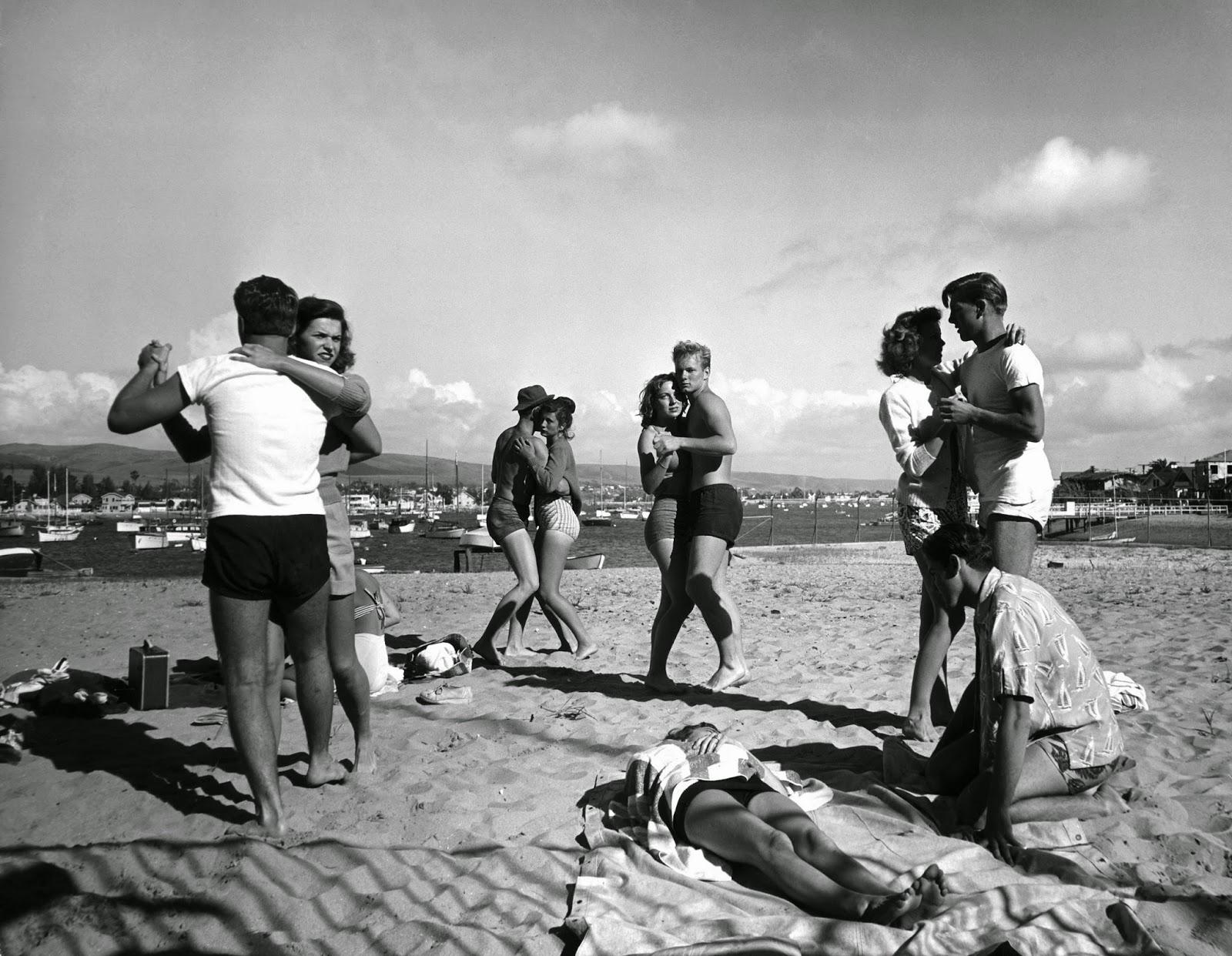 The original Muscle Beach, 1949 - Rare Historical Photos