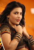 Shruti Haasan Hot photos from Balupu Song-thumbnail-20