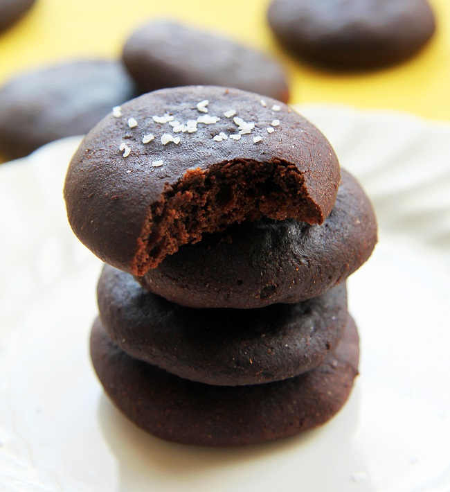 Mix it Up: Salted Dark Chocolate Cookies