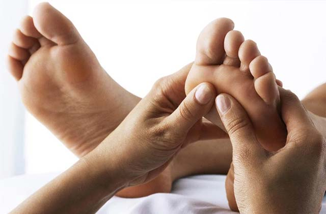 Find Out More About Reflexology To Know About Its Benefits