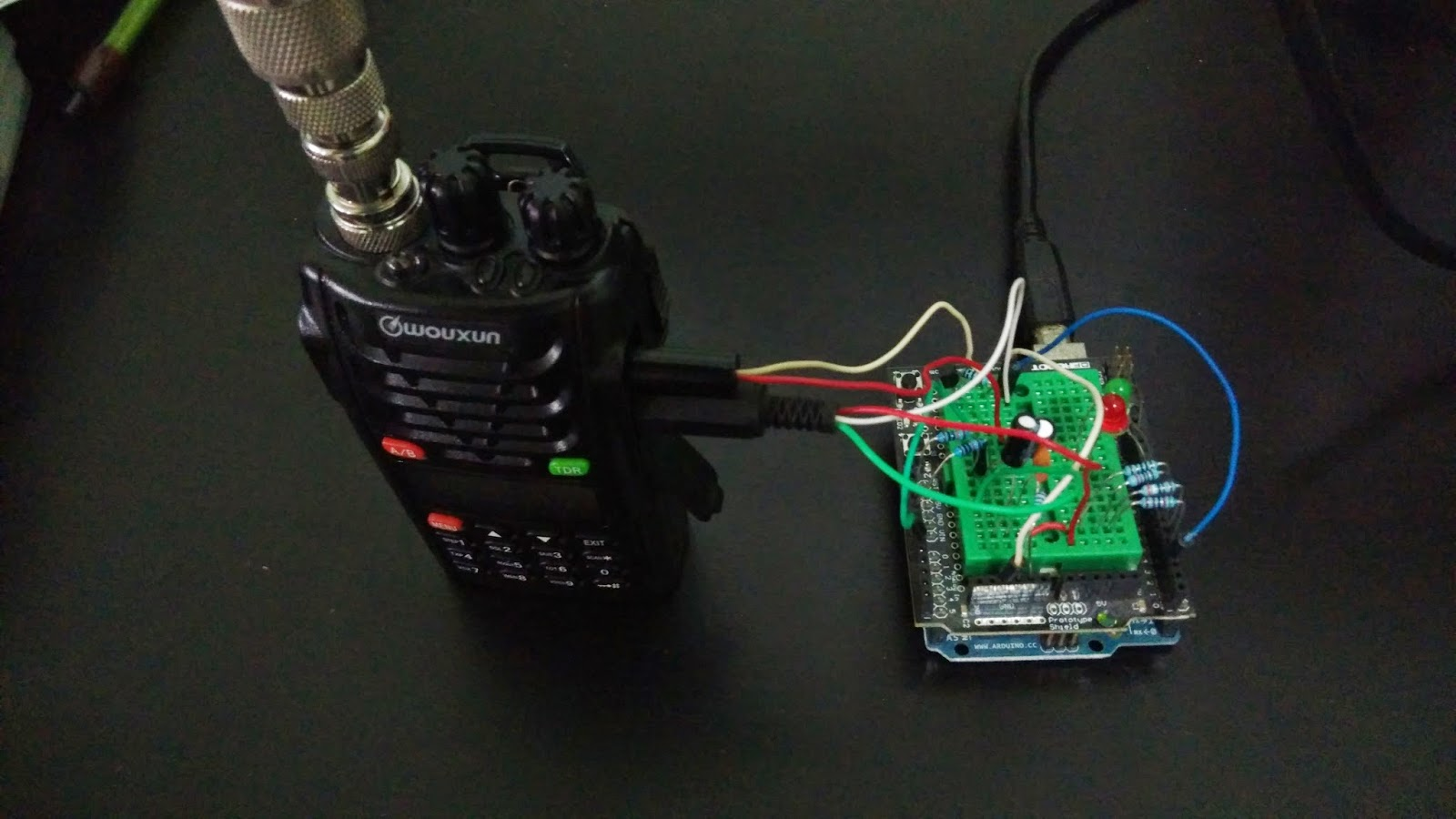 9W2SVT: Building an Open Source Arduino APRS Tracker with LCD & GPS