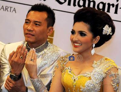 Anang Ashanty foto cincin nikah