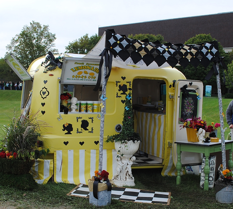 Country Living Customer Service : juNxtaposition: country living fair 2011 ~ columbus ...