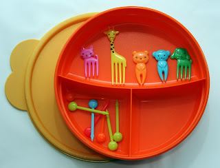 orange tupperware