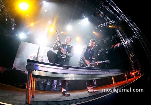 AVENGED SEVENFOLD ASIA TOUR 2015 Sukses Mengguncang Jakarta