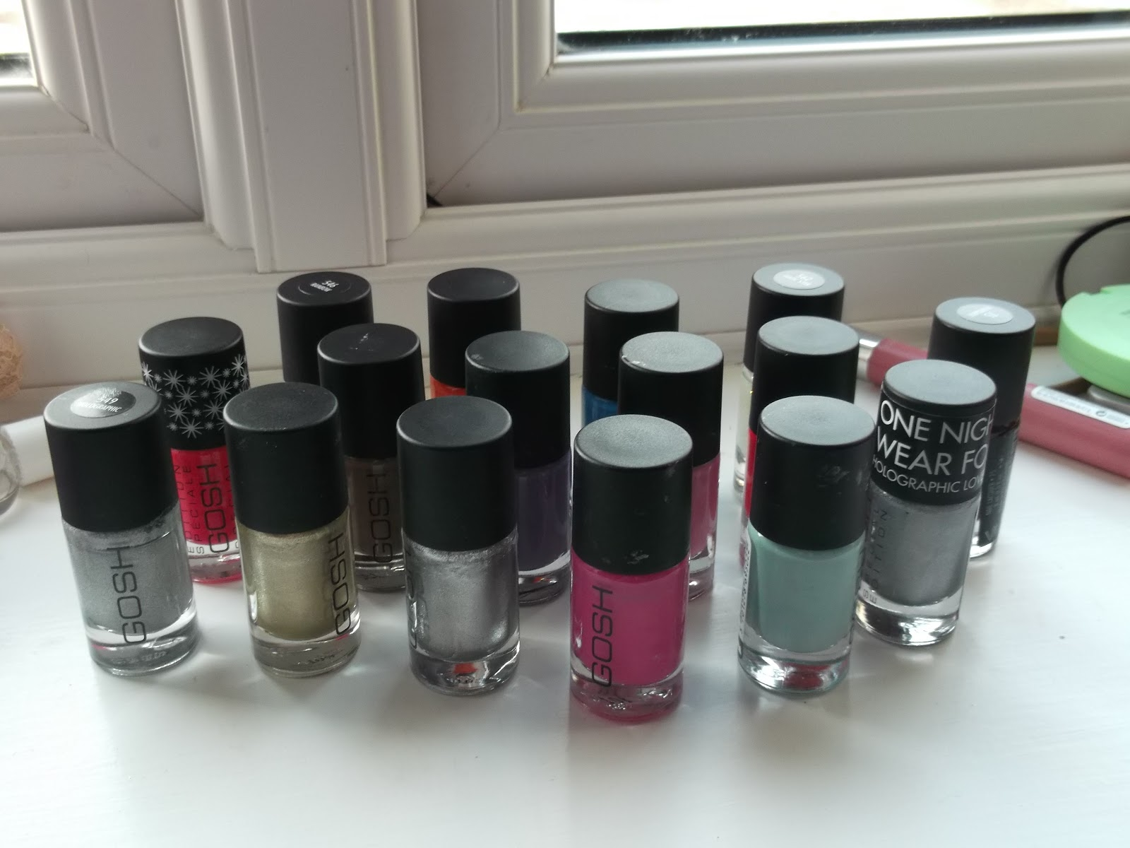 PETITE DECEMBER: GOSH Nail Polish Collection and Small Review