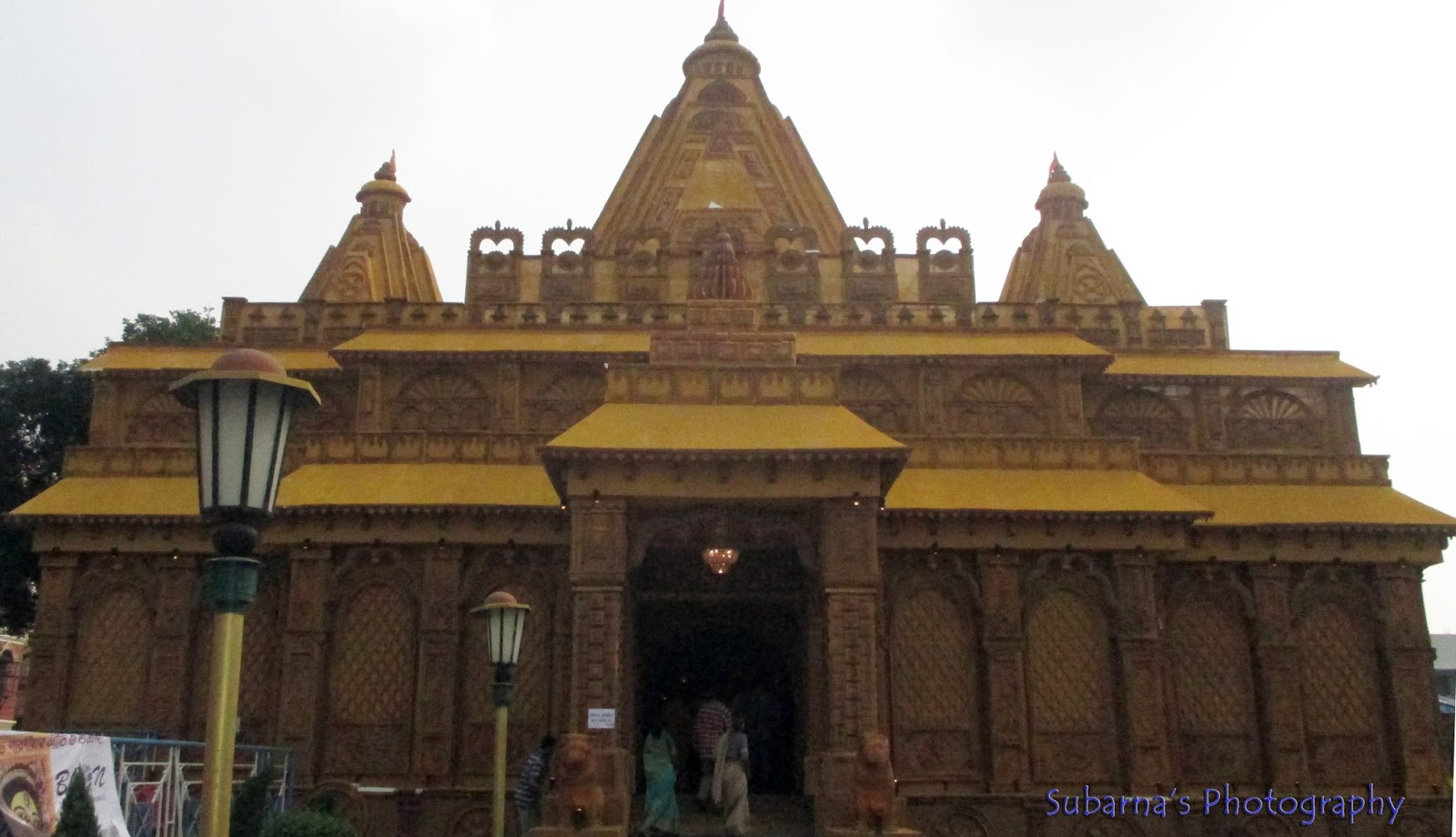 Pandal hopping at durga puja 2015 durga puja 2015 this pandal at garfa was made in the form of a temple the material used are bamboo cloth wooden planks and thermocol thecheapjerseys Choice Image