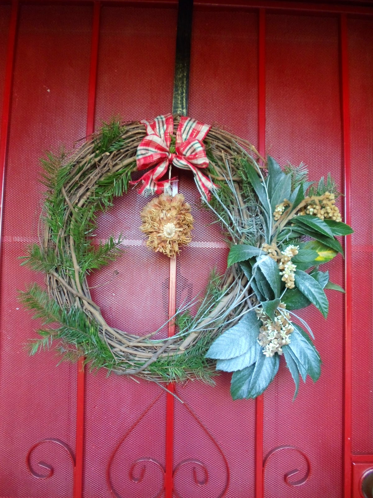 CHRISTMAS WREATH, FRESH WREATH, CHEAP CHRISTMAS WREATH