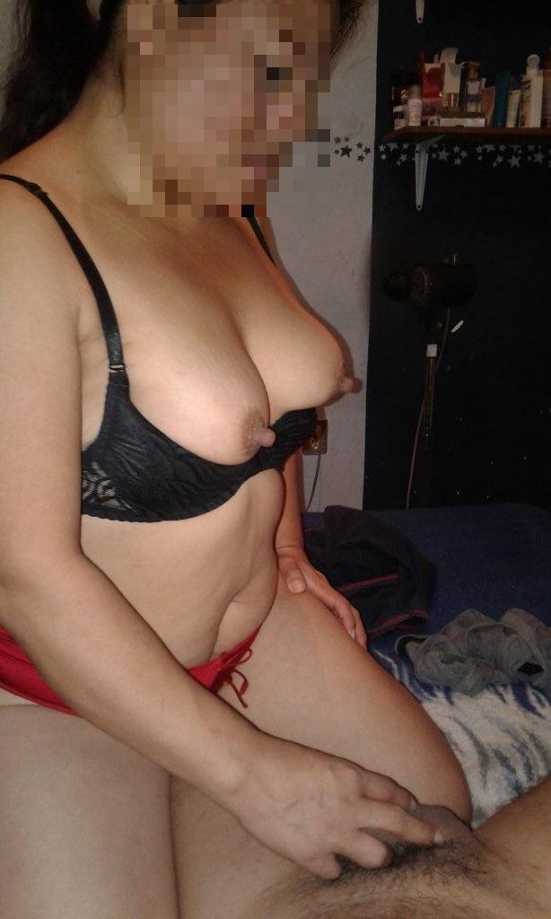 mujeres maduras masturbandose