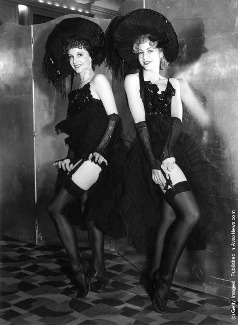 Vintage Photos Of Beautiful Cabaret Dancers From The 1900s