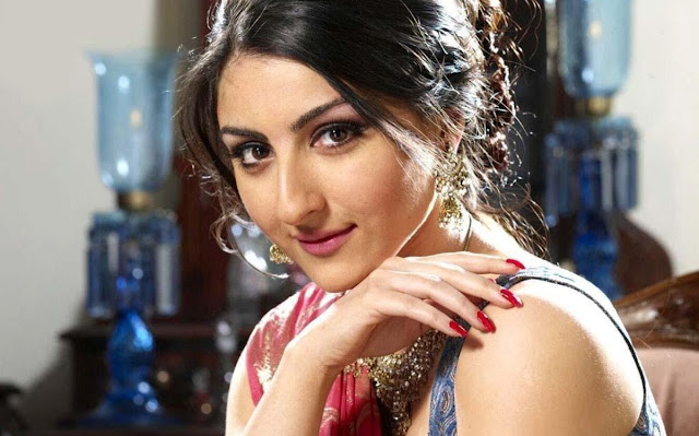 Soha-ali-khan-cute