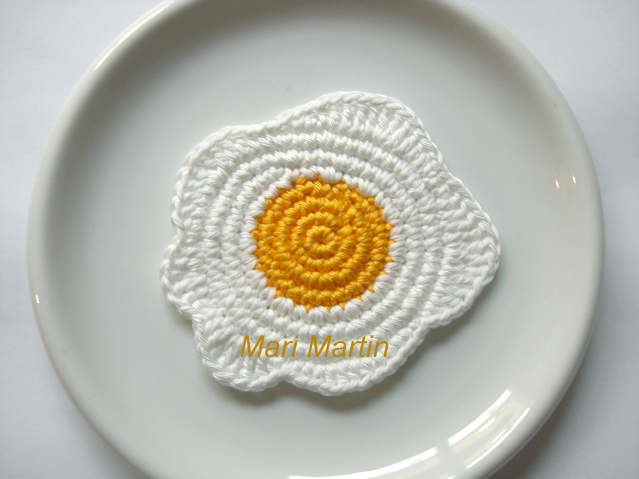 Crochet Coasters Eggs