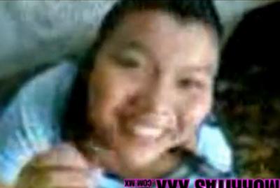 Morrita  del Conalep de Veracruz cogiendo en el campo con un amigo