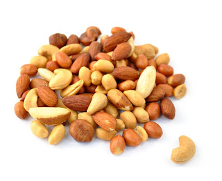 Nuts can lowering cholesterol