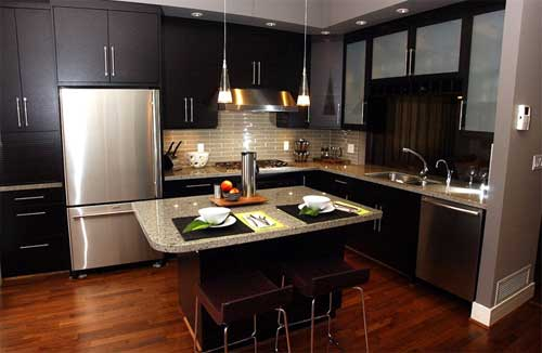 Home interior designs modern kitchen with wood floors for Interior cocinas modernas
