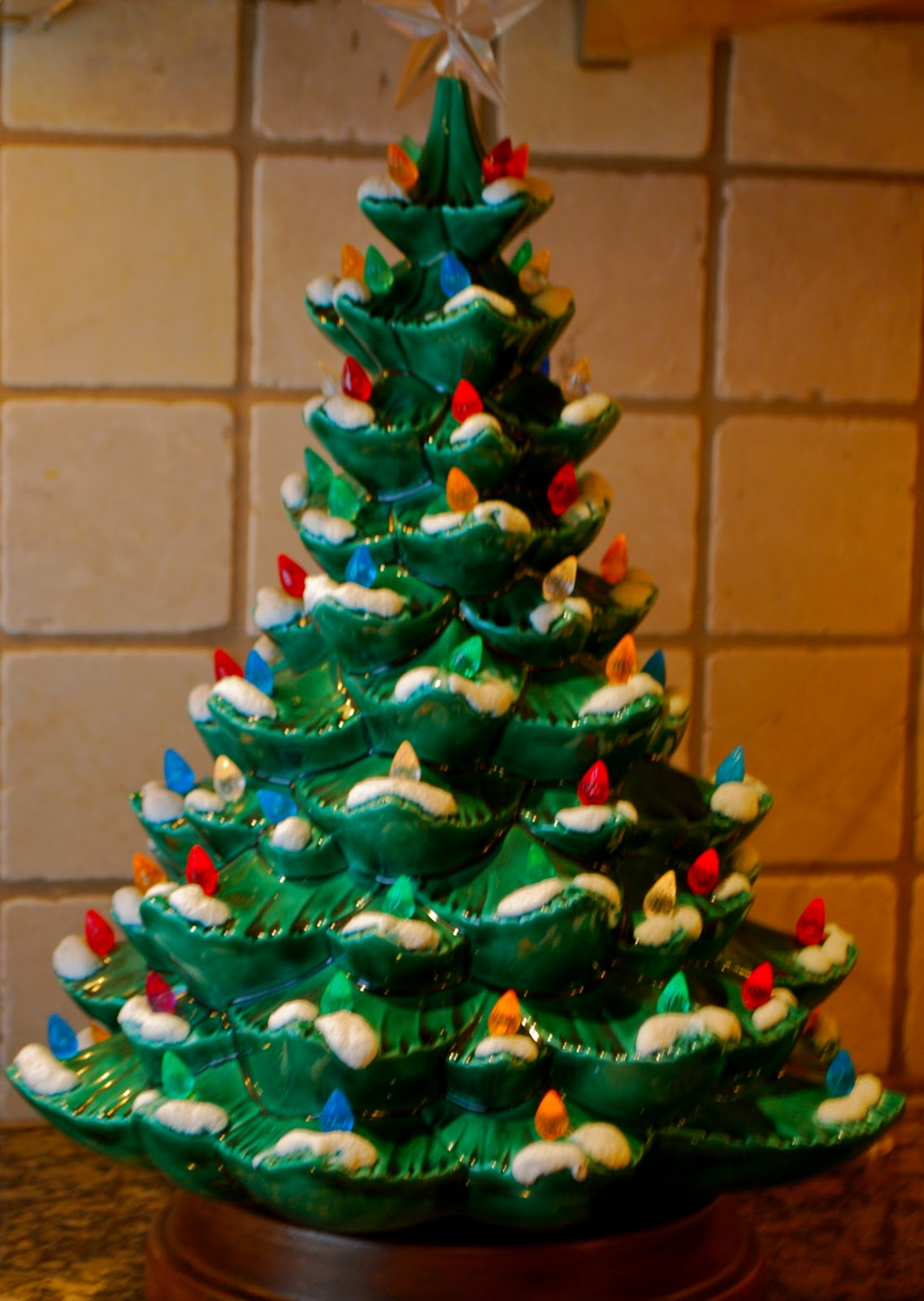 old fashioned ceramic christmas tree with old fashioned ceramic christmas tree - Old Fashioned Christmas Tree Lights