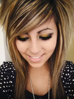 emo-hairstyles-for-teen-girls
