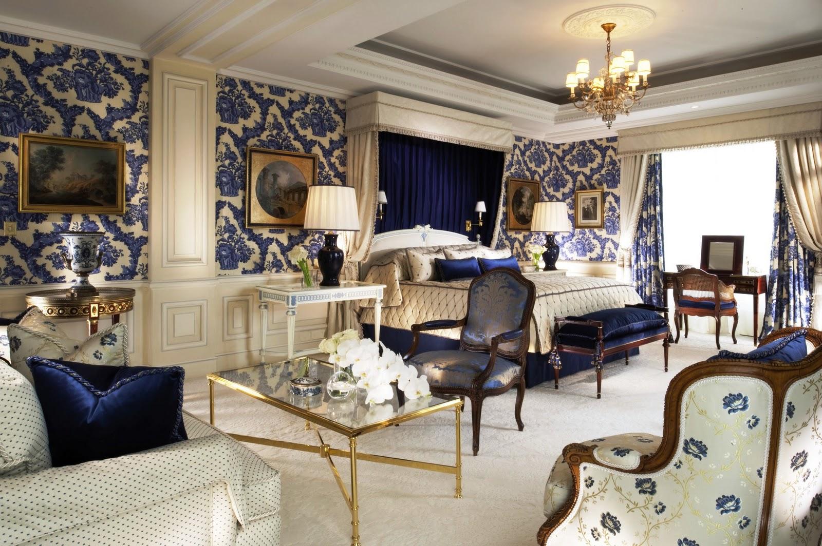 decoracao de interiores artesanal:Poltronas Antigas de Madeira e tendência na decoração de Luxo SP