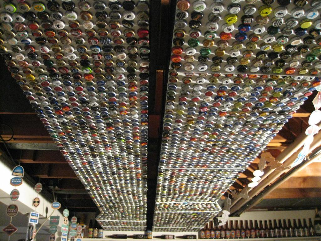 How To Recycle Bottle Cap Design On Table Floor And Walls