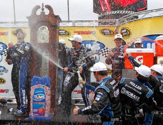 Jimmie Johnson Wins Tums Fast Relief 500 7