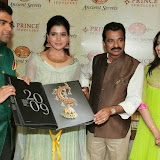 94661-samantha-at-prince-jewellery-exhibition-02