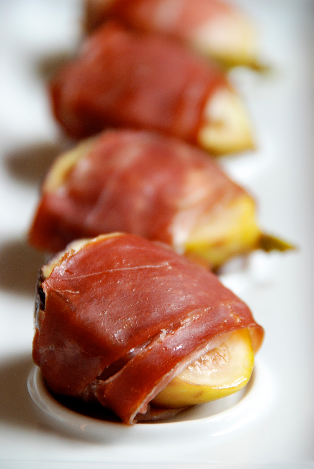 Simple Girl: Figs with Prosciutto and Goat Cheese