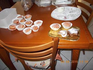 peschine farcite - cornetti senza uova e lievito - biscotti e ciambelline  senza uova e burro... ciambelline e biscotti di mais